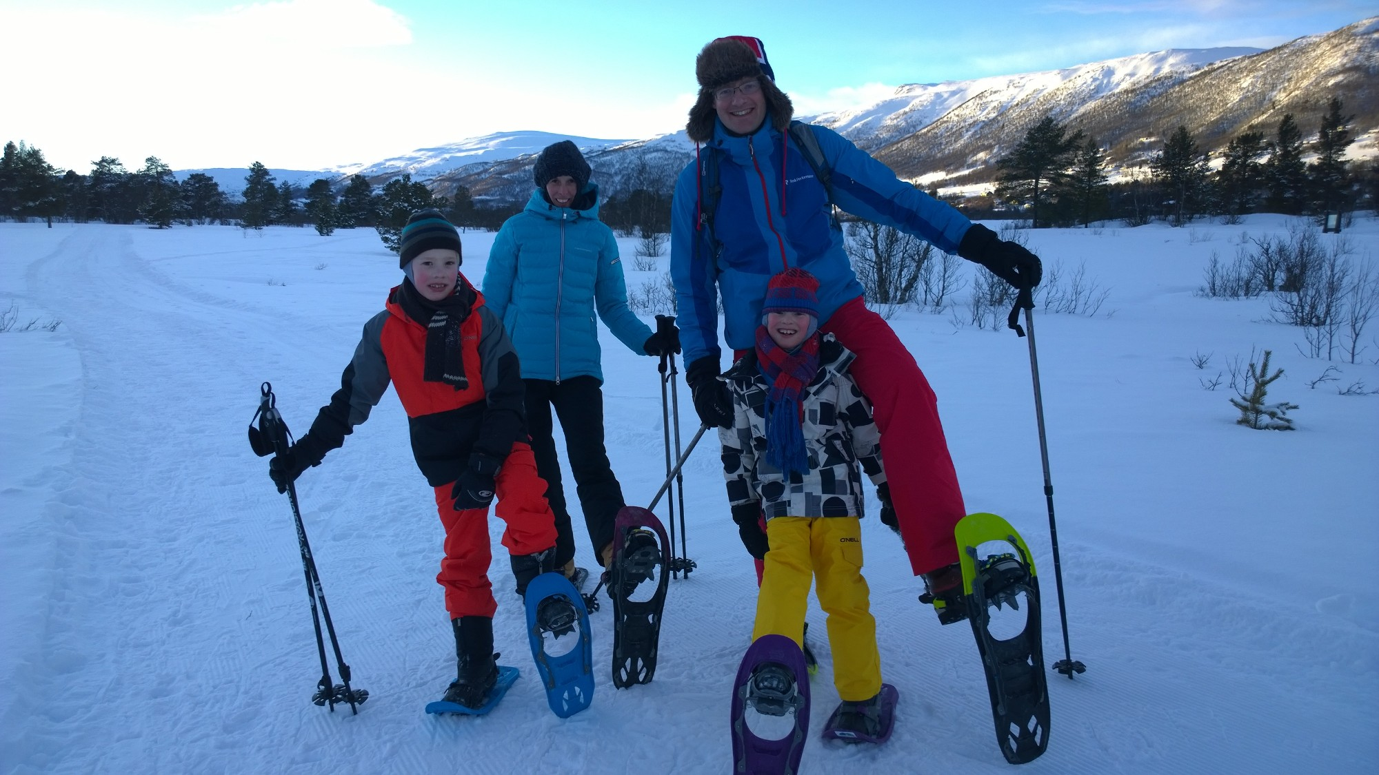 Best Snowshoes 2020 Family/ beginner snowshoeing at Vestlia   Winter 2020   GEILO365