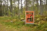 Kunstutstilling i skogen
