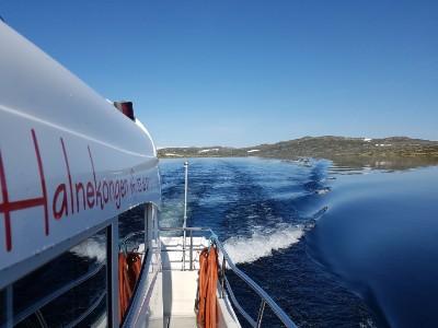 Med båt til nasjonalparken